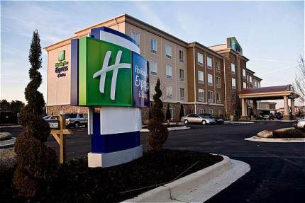 Holiday Inn Express and Suites Atlanta