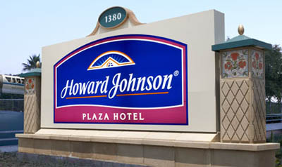 Howard Johnson Plaza Hotel Anaheim